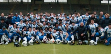 Il Blue team e i Seamen nello scrimmage a Milano - Foto Pellegrini