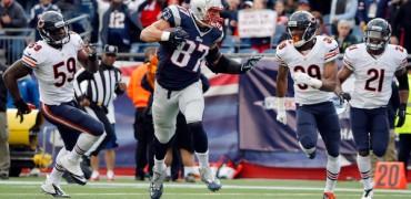 Gronkowski-Patriots-Bears-2014